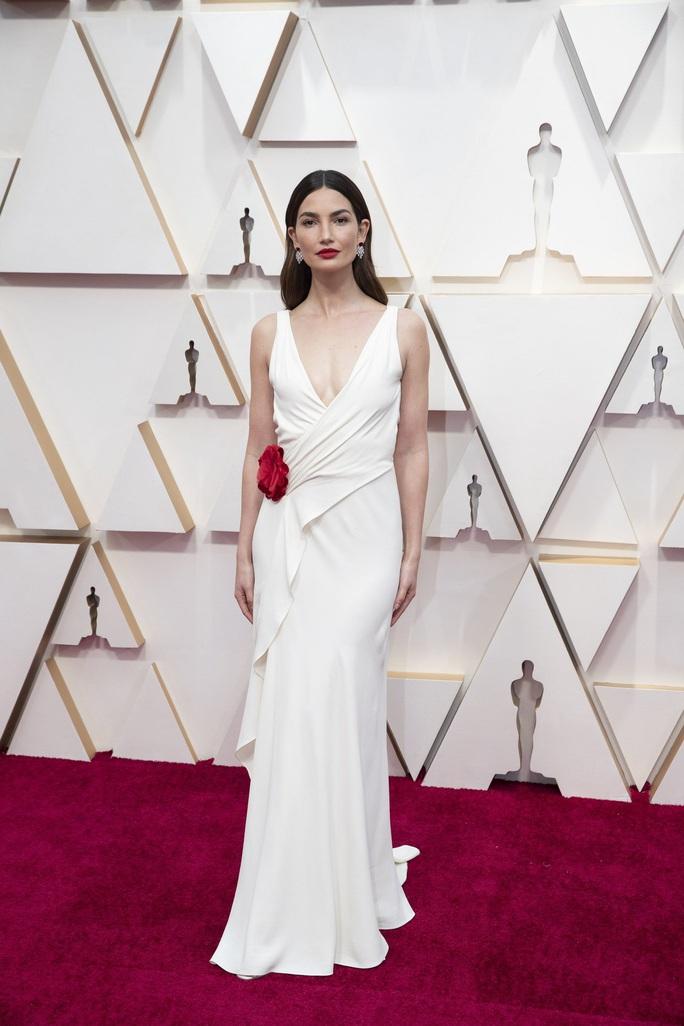 Học sao Hollywood chọn váy đi dự tiệc - Ảnh 3.