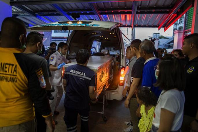 Thảm sát ở Thái Lan: Những nạn nhân bỗng dưng oan mạng - Ảnh 1.