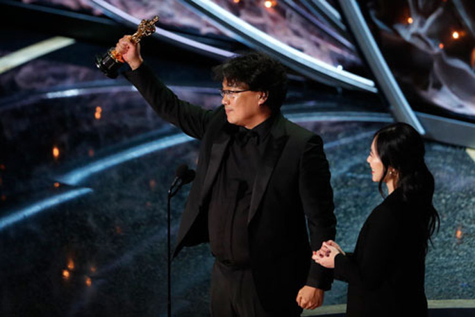 Đạo diễn Bong Joon-ho: Quái kiệt của điện ảnh Hàn - Ảnh 1.