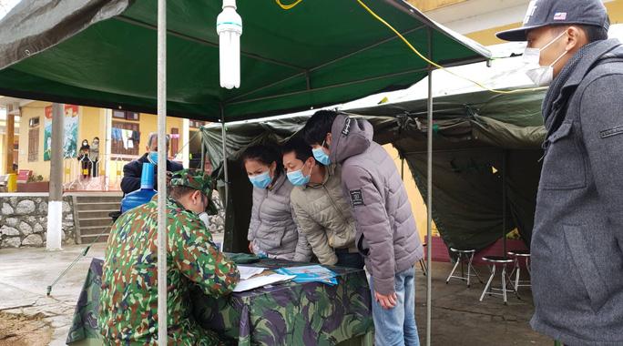 Người phụ nữ Hải Phòng bỏ trốn khỏi khu cách ly theo dõi virus corona quay trở  lại Trung Quốc - Ảnh 1.