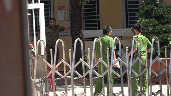 Kẻ đâm dân phòng tử vong tại trụ sở công an không khai nhận đã gây án - Ảnh 2.