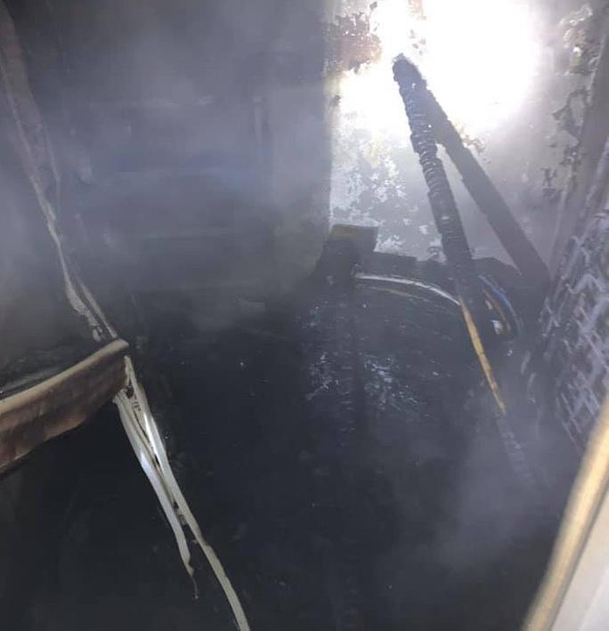 Cháy khu nhà ở của sinh viên, 7 nạn nhân mắc kẹt tại tầng 8 - Ảnh 3.