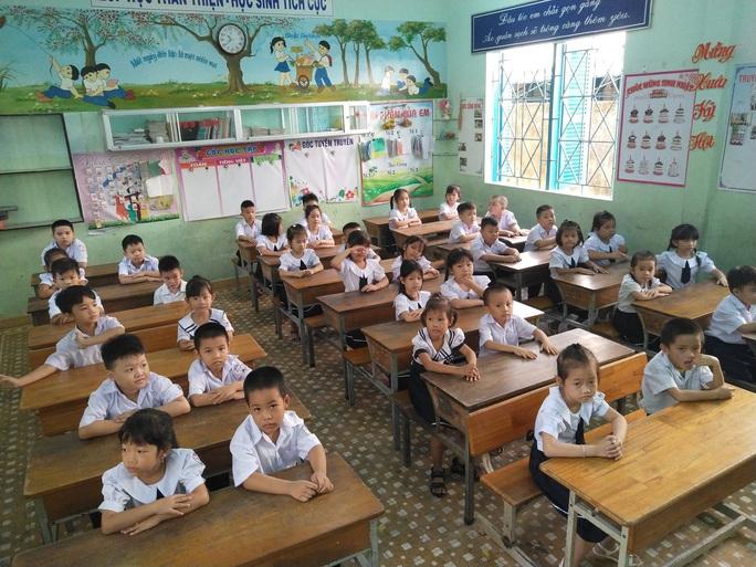 KHÁNH HÒA: Cho học sinh đi học trở lại sau 2 tuần dập dịch nCoV - Ảnh 1.