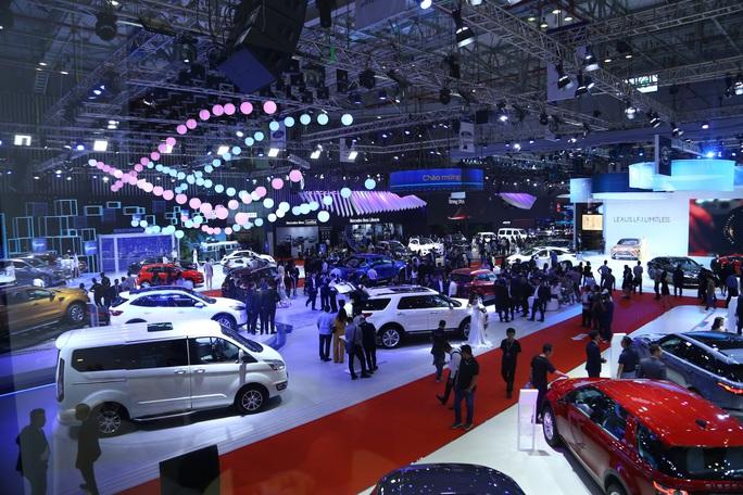Tiêu thụ ôtô giảm hơn 50% trong tháng Tết - Ảnh 1.