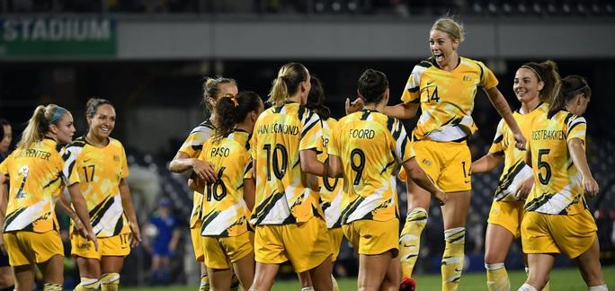 Úc quá mạnh so với tuyển nữ Việt Nam - Ảnh 1.