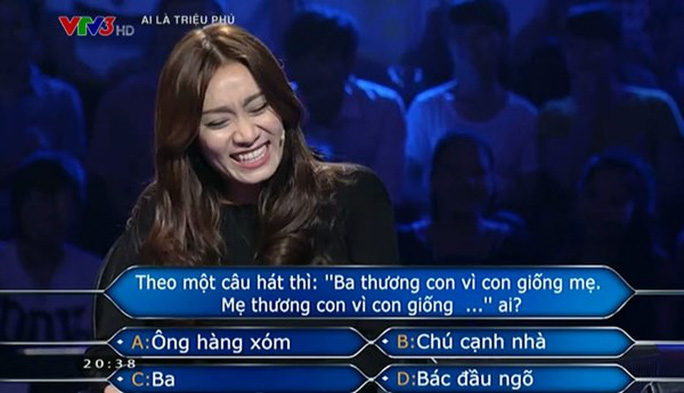 Gameshow nhận gạch đá vì các câu hỏi dung tục, phản cảm - Ảnh 4.