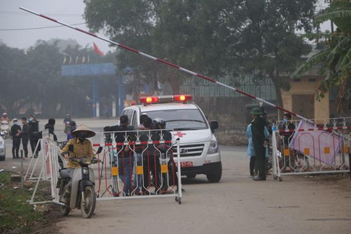 Việt Nam: Tuyến huyện có thể chữa khỏi Covid-19 - Ảnh 1.