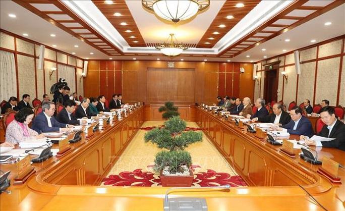 Chùm ảnh Tổng Bí thư, Chủ tịch nước chủ trì họp Bộ Chính trị - Ảnh 6.