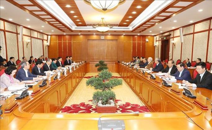 Chùm ảnh Tổng Bí thư, Chủ tịch nước chủ trì họp Bộ Chính trị - Ảnh 5.