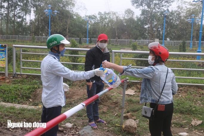 Kết quả xét nghiệm Covid-19 của nam thanh niên Hà Nội vào xã Sơn Lôi giao nhận hàng - Ảnh 1.