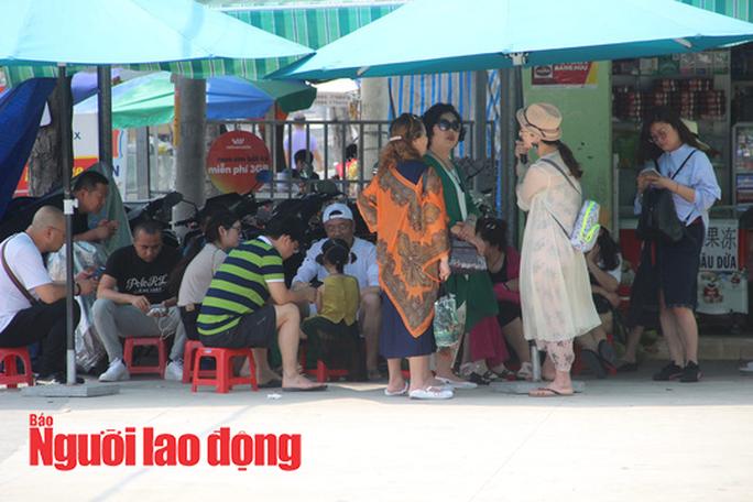 Khánh Hòa: Đưa 480 người Trung Quốc về nước, loại khỏi diện giám sát Covid-19 gần 290 người - Ảnh 2.