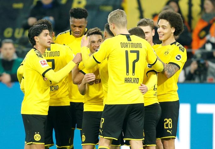 Song sát lập công, Dortmund dội mưa bàn thắng Frankfurt - Ảnh 6.