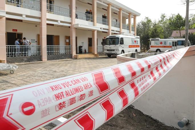 Trang bị mắt thần cho bệnh viện dã chiến TP HCM - Ảnh 2.