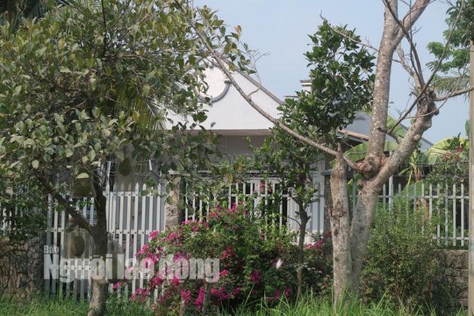 CLIP: Nhiều người đột nhập căn nhà hoang nơi Tuấn khỉ từng ẩn náu - Ảnh 20.