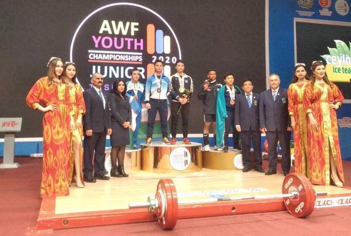 Đỗ Tú Tùng giành 6 HCV châu Á, phá kỷ lục cử tạ trẻ thế giới - Ảnh 3.
