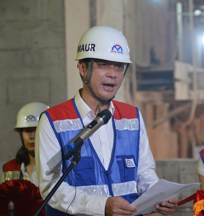 CLIP: Nối xong phần ngầm, tuyến metro Bến Thành - Suối Tiên đã thông suốt - Ảnh 2.