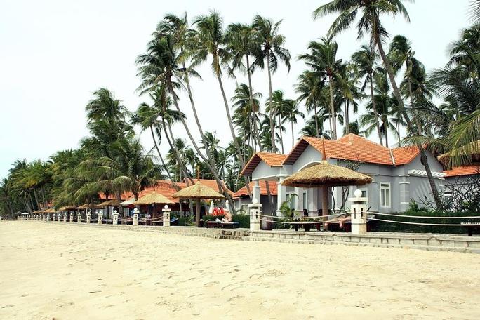 Bình Thuận: 1 du khách Nga đột tử trên bãi biển  - Ảnh 1.