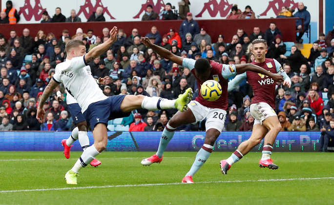 Son Heung-min tỏa sáng, Tottenham ngược dòng ngoạn mục ở Villa Park - Ảnh 2.