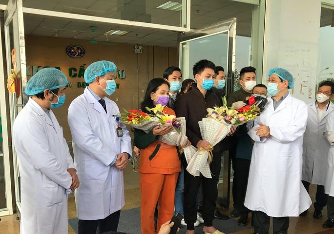 NÓNG: Việt Nam đã có phác đồ điều trị hiệu quả đối với Covid-19 - Ảnh 2.