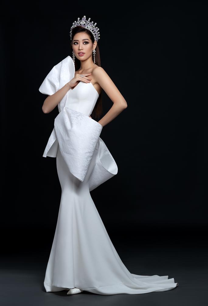 Hoa hậu Hoàn vũ Khánh Vân công bố bộ ảnh beauty - Ảnh 6.
