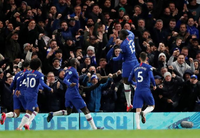 Man United đại phá Chelsea, thắng 2-0 ở Stamford Bridge - Ảnh 6.