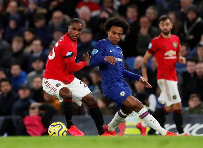 Man United đại phá Chelsea, thắng 2-0 ở Stamford Bridge - Ảnh 9.