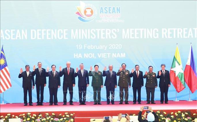 Chùm ảnh khai mạc Hội nghị hẹp Bộ trưởng Quốc phòng ASEAN tại Hà Nội - Ảnh 1.
