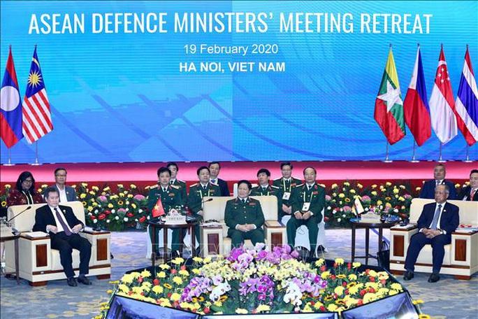 Chùm ảnh khai mạc Hội nghị hẹp Bộ trưởng Quốc phòng ASEAN tại Hà Nội - Ảnh 10.