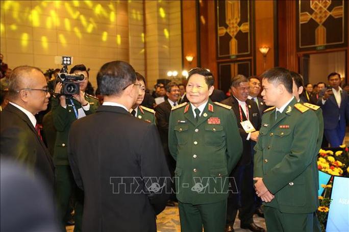 Chùm ảnh khai mạc Hội nghị hẹp Bộ trưởng Quốc phòng ASEAN tại Hà Nội - Ảnh 7.