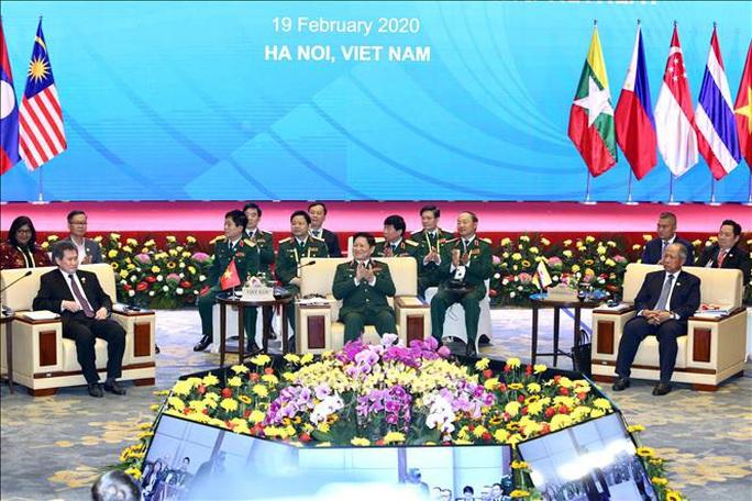 Chùm ảnh khai mạc Hội nghị hẹp Bộ trưởng Quốc phòng ASEAN tại Hà Nội - Ảnh 3.