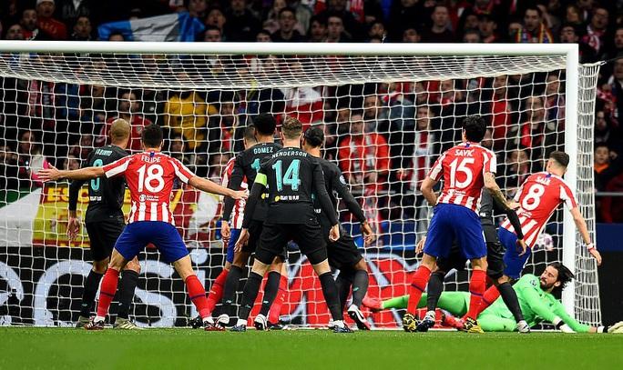 Đương kim vô địch Liverpool thua đau Atletico Madrid - Ảnh 2.
