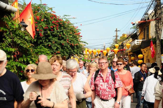 Nhiều du khách trở lại Việt Nam - Ảnh 2.