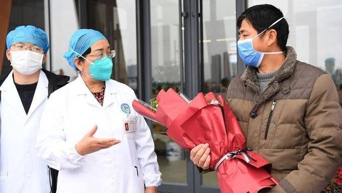 Bác sĩ Thái Lan công bố hai nhóm thuốc giúp chữa virus corona - Ảnh 2.