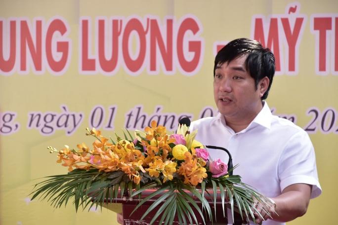 Hinh chan dung ong Hoang