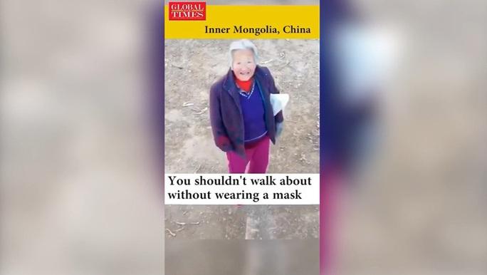 Trung Quốc: Thiết bị không người lái tuần tra đường phố, bắt kẻ trốn chui - Ảnh 2.