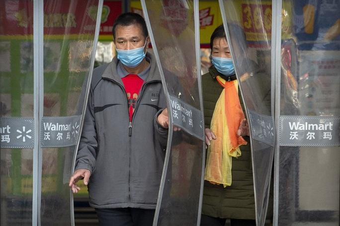Trung Quốc: Thiết bị không người lái tuần tra đường phố, bắt kẻ trốn chui - Ảnh 3.