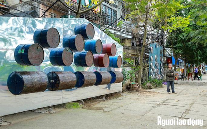 Bãi rác hóa thành không gian sáng tạo nghệ thuật - Ảnh 9.