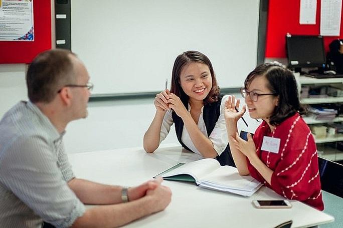 Giáo viên nâng chuẩn trình độ đào tạo được miễn học phí - Ảnh 1.
