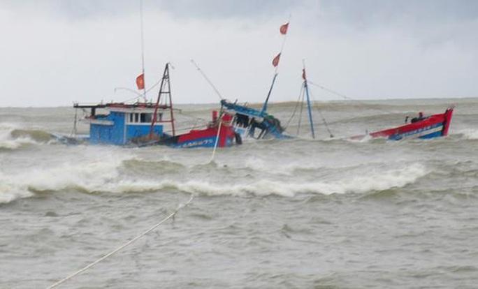 Nữ lao động duy nhất của tàu cá Bình Thuận bị chìm đã tử vong - Ảnh 1.