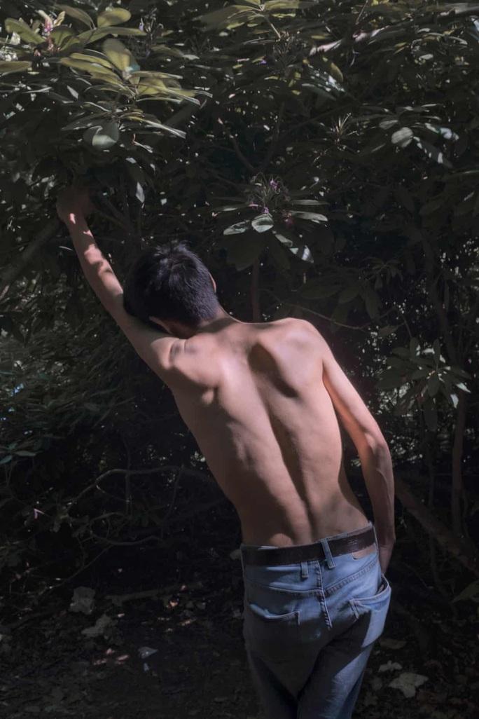 Cám cảnh những thanh niên tị nạn bán dâm sống qua ngày - Ảnh 7.