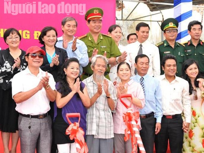 Minh Vương, Bạch Tuyết, Ngọc Giàu, Lệ Thủy thương tiếc đạo diễn Huỳnh Nga - Ảnh 5.
