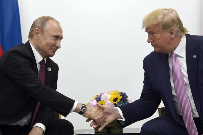 Nga thích ông Sanders trong Nhà Trắng hơn? - Ảnh 2.