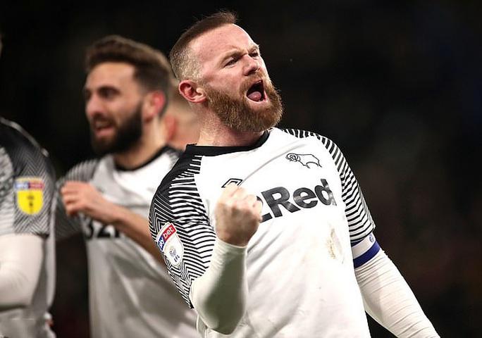 Huyền thoại Wayne Rooney lại gây sốc sân cỏ Anh - Ảnh 3.