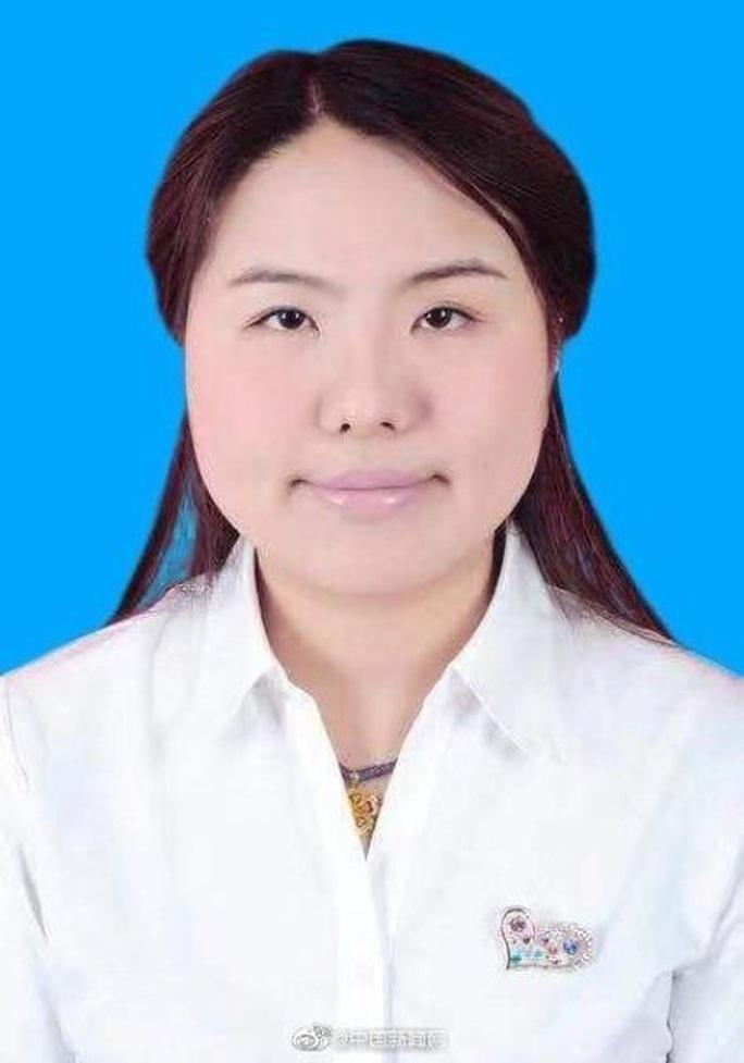 Covid-19: Thêm một nữ bác sĩ ở Vũ Hán tử vong - Ảnh 1.