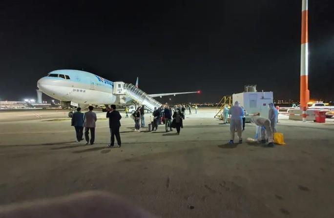 Covid-19: Israel cấm nhập cảnh, bắt máy bay chở người Hàn Quốc quay về - Ảnh 1.