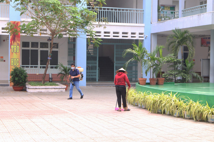 Sẵn sàng đón học sinh trở lại trường - Ảnh 1.