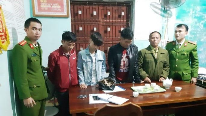 Quảng Bình điều động gần 500 công an chính quy về xã - Ảnh 2.