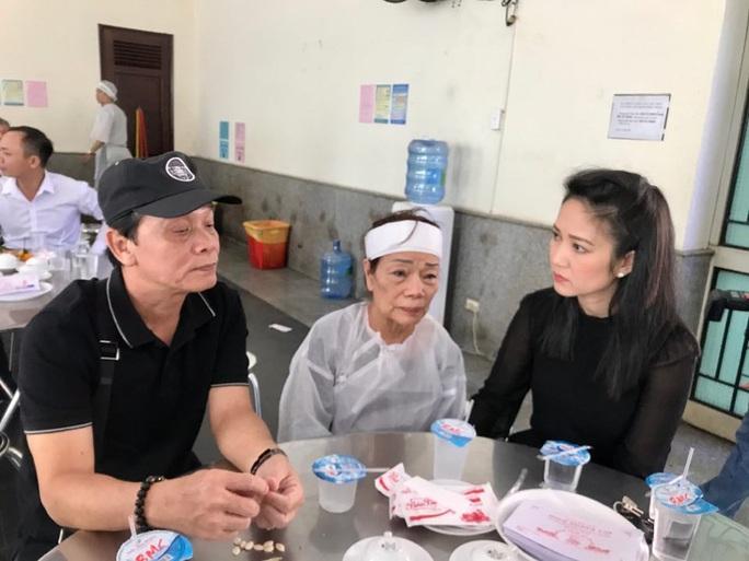 Tâm sự xé lòng của vợ đạo diễn - NSND Huỳnh Nga - Ảnh 4.