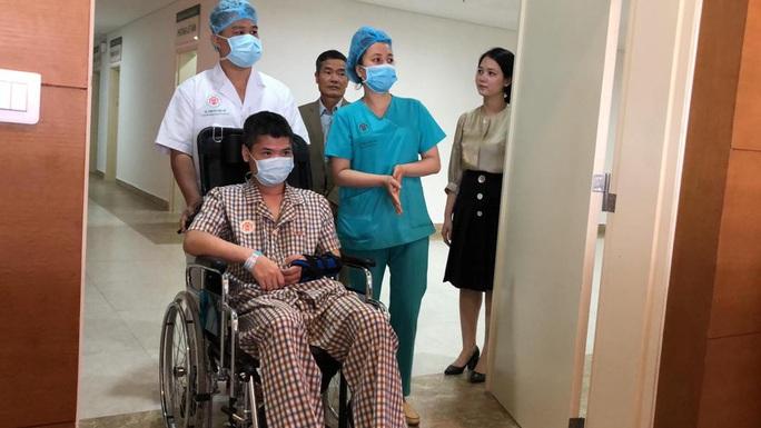 Việt Nam thực hiện thành công ca ghép chi thể đầu tiên trên thế giới từ người hiến sống - Ảnh 11.