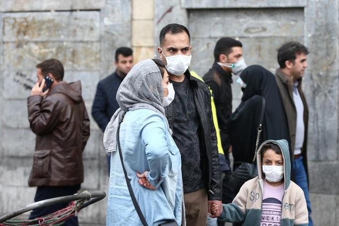 Bộ Y tế Iran bác thông tin 50 người thiệt mạng vì Covid-19 - Ảnh 1.